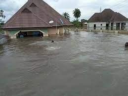 Photo of Flood kills four in Abuja, sweeps away over 26 vehicles – FEMA